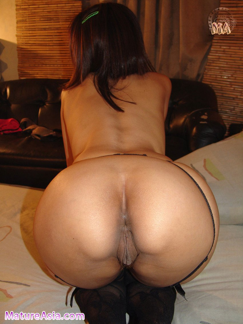 Asian ass milf video, girl having sex with many guys in a row